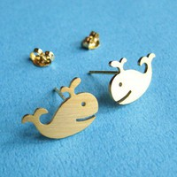 Happy Whale Animal Stud Earrings in Gold - ALLERGY FREE Gold plated