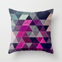 Hexagonal Pattern Pillow Cover