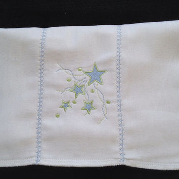 Stars and Streamers in Pastel Blue and Green burp cloth with decorative star stitches on the seams. Can be personalized for an extra charge.