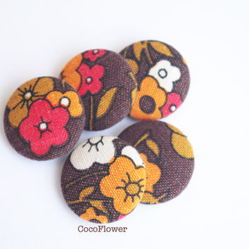 5 Large button vintage fabric brown floral