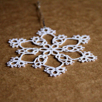 One large lace snowflake, Christmas decoration, white, windows decoration, Christmas tree decoration, gift idea, tatting lace