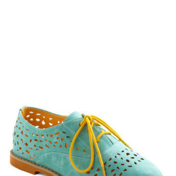 Stand Out and Smile Flat in Mint | Mod Retro Vintage Flats | ModCloth.com