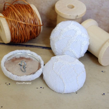 Large buttons Ivory lace, White fabric button
