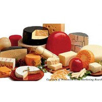 Wisconsinmade Award Winning Cheese of the Month Club, Free Shipping - 2 lb, 3 month / 2 lb