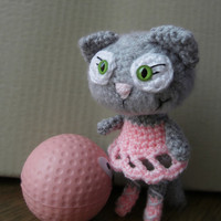 Carla - cute crocheted amigurumi cat