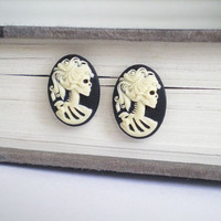 Skeleton Lady Earrings, Halloween Earrings, Halloween Jewelry, Post Earrings, Stud Earrings, Gothic Jewelry