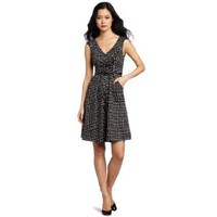 Jessica Simpson Women`s V-Neck Wear To Work Dress