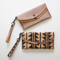 Deep Dark Africa ? WILD WEST WALLET
