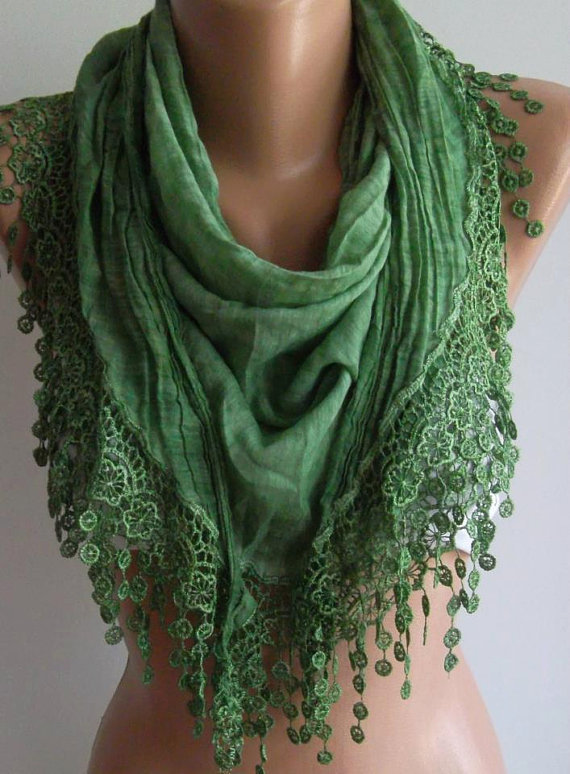 Green  / Elegance  Shawl / Scarf with Lacy Edge / soft and light-