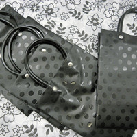 "Gift Bags Black Dot Plastic Handle Set of Five with Retro Flowers black and white tissue paper 4"" X 2"" X 6"""