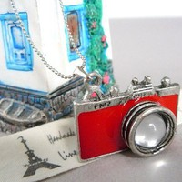 Free shipping Red silver mod camera nacklace by OTJEWELS on Etsy