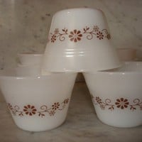 Vintage Set of Dynaware Ramekin Custard Cups