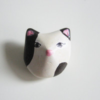 Small cat brooch - white cat with black spots- animal brooch- totem