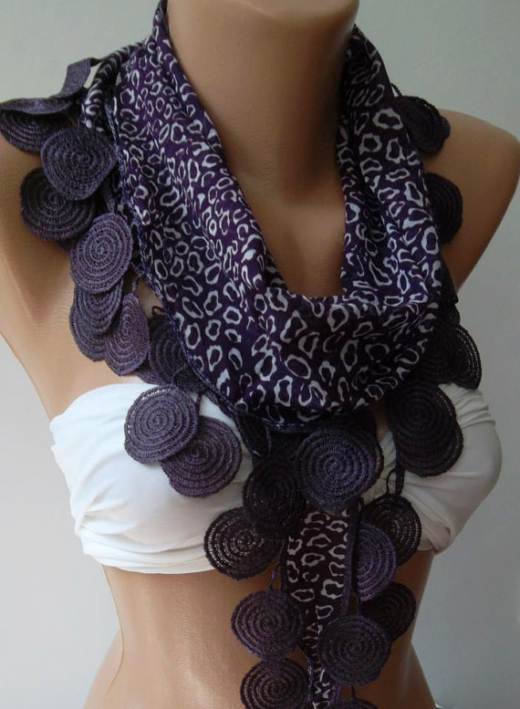 Purple / Elegance Shawl with Lacy Edge-