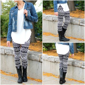 Winter Web Tribal Leggings - BLACK