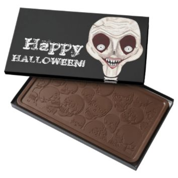 Ghoulish Skull 2 Pound Milk Chocolate Bar Box