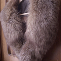 Vintage long genuine fox fur collar - mint condition - Made in Italy - Italian accessory - Long haired fur - Winter collar