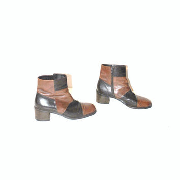 size 7 PATCHWORK leather boots / 90s CHUNKY platform two tone AUTUMNAL leather ankle boots