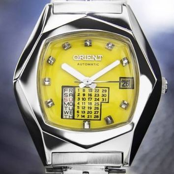 Mens Vintage Orient Calendar Day Date Automatic Watch, c.1970s Yellow Dial #130