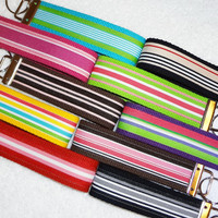 Keychain Wristlet Keyfob Keylette Key Ring - PICK YOUR COLOR - Stripes Grosgrain Ribbon Webbing Party Favor - Porte-clés - Ready to ship