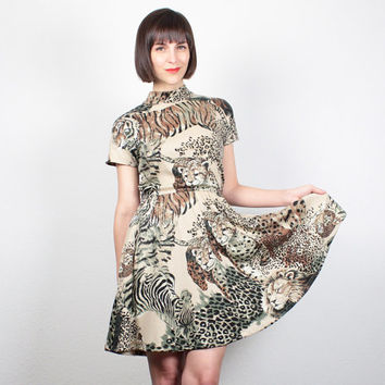 Vintage 80s Mini Dress Leopard Lion Cat Print Dress Skater Skirt Tshirt Dress Skater dress 1980s Safari Print Dress Tan M Medium L Large