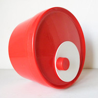 Red Mod Dept. 1970's Modern Two Tone Salad Spinner