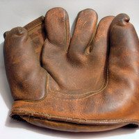 1950's MacGregor's Goldsmith SB50 Baseball / Softball Glove - Left-handed
