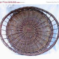 20% OFF SUMMER SALE Extra Large Flat Wicker Fruit and Veggies Tray / Basket