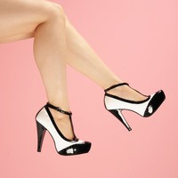 T-Strap Spectator Pump in Black and White | Pinup Girl Clothing