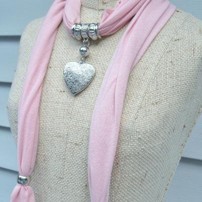 Necklace Scarf Jewelry Pendant Scarves Soft Pink with Hearts FREEShipping