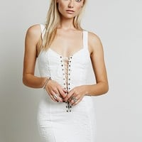 Skivvies by For Love & Lemons Womens She's a Knockout Slip - Ivory
