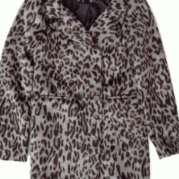 Featuring classic leopard print throughout, long sleeves, thick and soft polyester fabrication, full black satin interior lining, two small front pockets and breast pocket, collar neckline, and single button closure and a button decor. Pair with simple tan