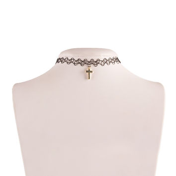 Cross Pendant Tattoo Choker - Black / One
