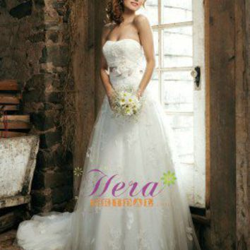 Simple Classic A line Tulle and Lace Wedding Dress
