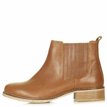 AUGUST MID ANKLE BOOTS