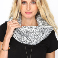 DUAL CONTRAST CHUNKY KNIT COWL SCARF - one
