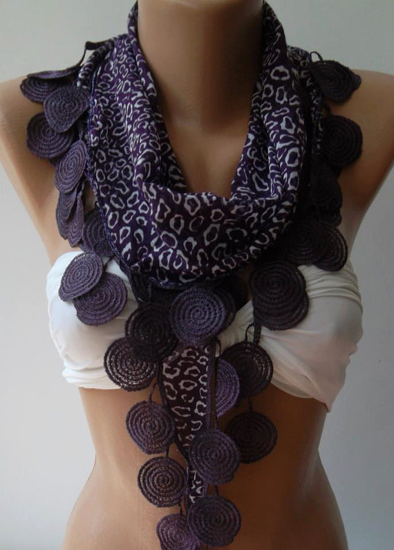 Purple / Elegance Shawl with Lacy Edge