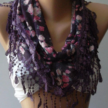 Purple / flowered / Elegance  Shawl / Scarf with Lacy Edge