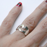 Love Hands Ring - Sterling silver
