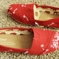 Hand Painted Custom TOMS with dandelions