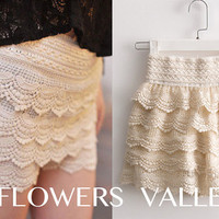 SALE - Soft &amp; Romantic Cream Color Cake Lace Shorts / Skirt