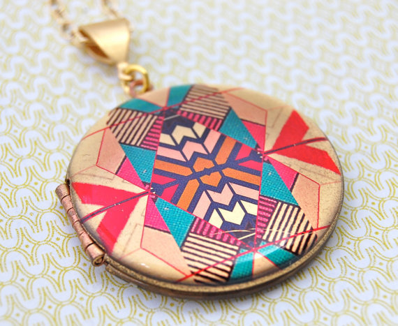 The Kaleidoscope Locket - Vintage