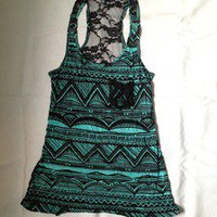 Tuanis — Black and Turquoise patterned tank top with black lace back