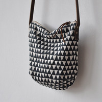 SM DAY BAG - triangle