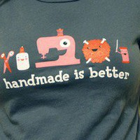 things that make me happy / Craftster Shop ? Handmade is Better T-Shirt ? Awesome gifts for crafters