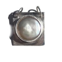 Rainfall in the moonlight Sterling Silver and Coin pearl metalsmithed pendant TAGTMCTT