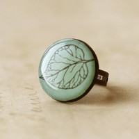 Frosted Leaf Clay Ring