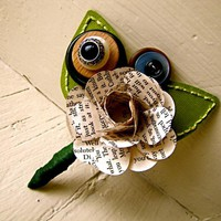Green Rose Paper Flower And Button .. on Luulla
