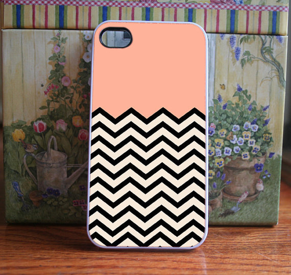 iPhone Case Peach Chevron - iPhone 4S and iPhone 4 Case Cover
