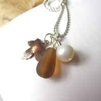 Brown Sea glass Pendant with fresh Pearl and Autumn Leaf - Nautical Mermaid jewlery bridesmaid necklace in fall wedding